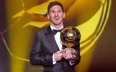 يونل مسي بهترين بازيکن سال جهان شد / رکورد شگفتانگیز مسی؛ چهار توپ طلا در چهار سال !