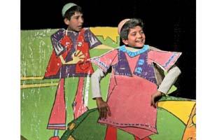 تئاتر کودک و نوجوان استان خراسان شمالی در حاشيه