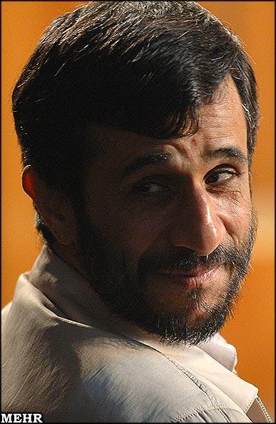 احمدینژاد ، پدیدهای غیرقابل پیشبینی و 3 حرف کلیدی در باره کاراکتر او !
