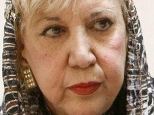 خسرو احتشامی: سیمین بهبهانی یک چهره متشخص در غزل معاصر ایران دارد و این چهرهها در تاریخ ایران کم هستند.