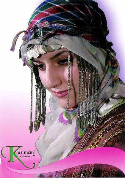 عشایر کرمانج خراسان شمالی با حفظ سنتهای خود مراسم عروسی اقوام خود را جشن گرفته و به شادمانی می پردازند.