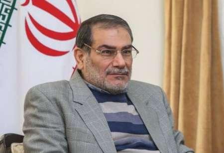 علی شمخانی، دبیر شوای عالی امنیت ملی: گزینه مورد توجه جمهوری اسلامی ایران در دوران پسابرجام ایجاد شرایط مناسب برای تعامل سازنده منطقهای و بینالمللی مبتنی بر گفتوگو و مفاهمه است.